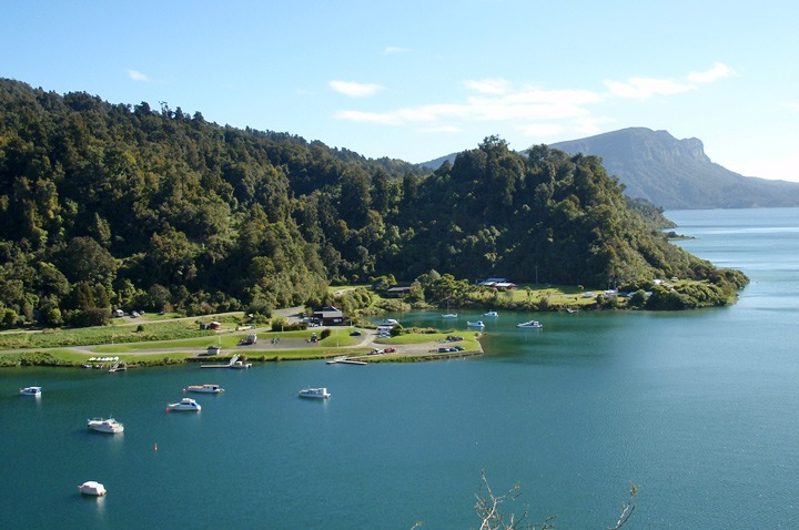 New Zealand's beautiful (and unpronounceable) Lake