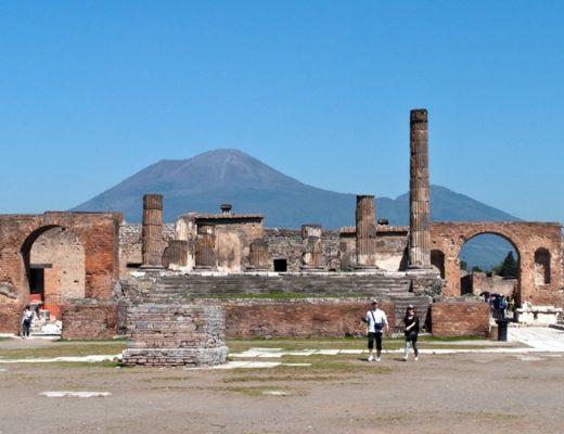 Pompeii: The Roman city frozen in time