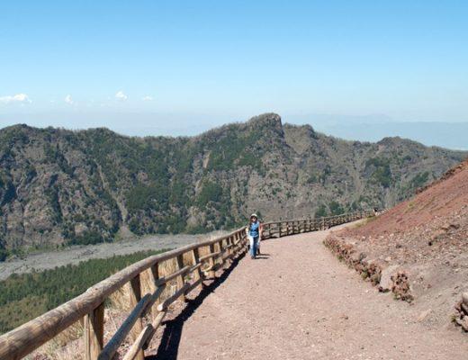 Climbing Vesuvius' crater