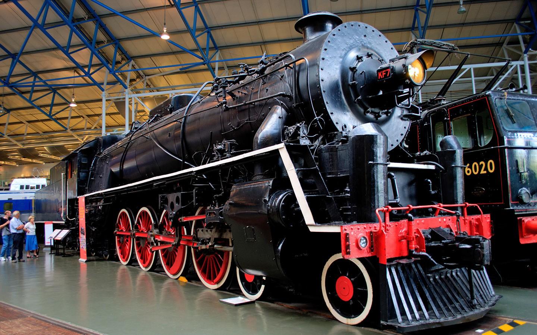 York Railway Museum – England by train