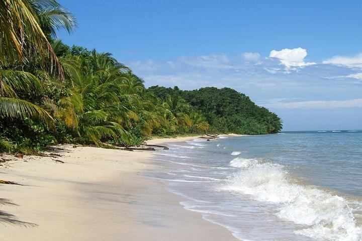 Costa Rica West Coast Beach Resorts