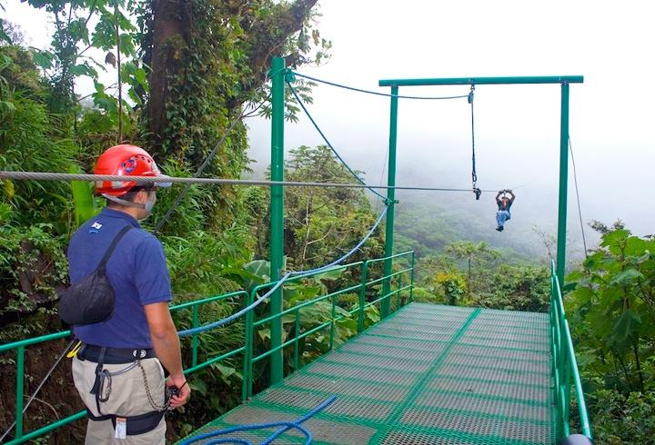 Zip lining in Monteverde
