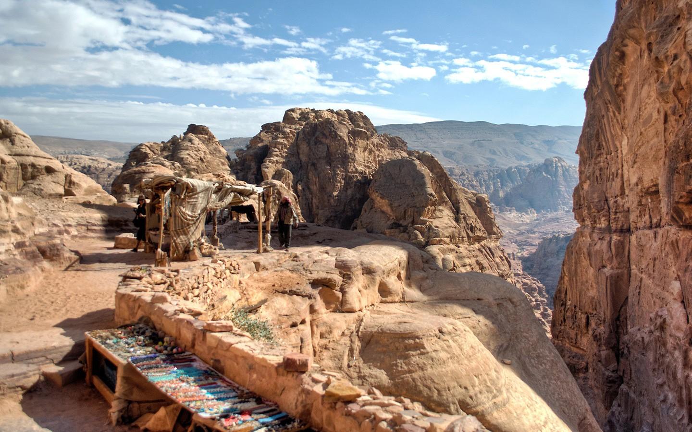 Petra souvenir stalls