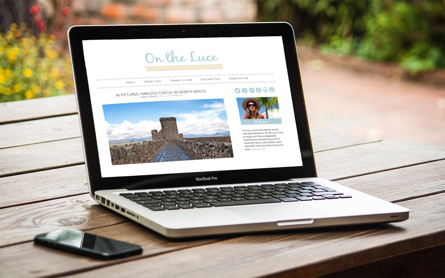 Old design for On the Luce travel blog