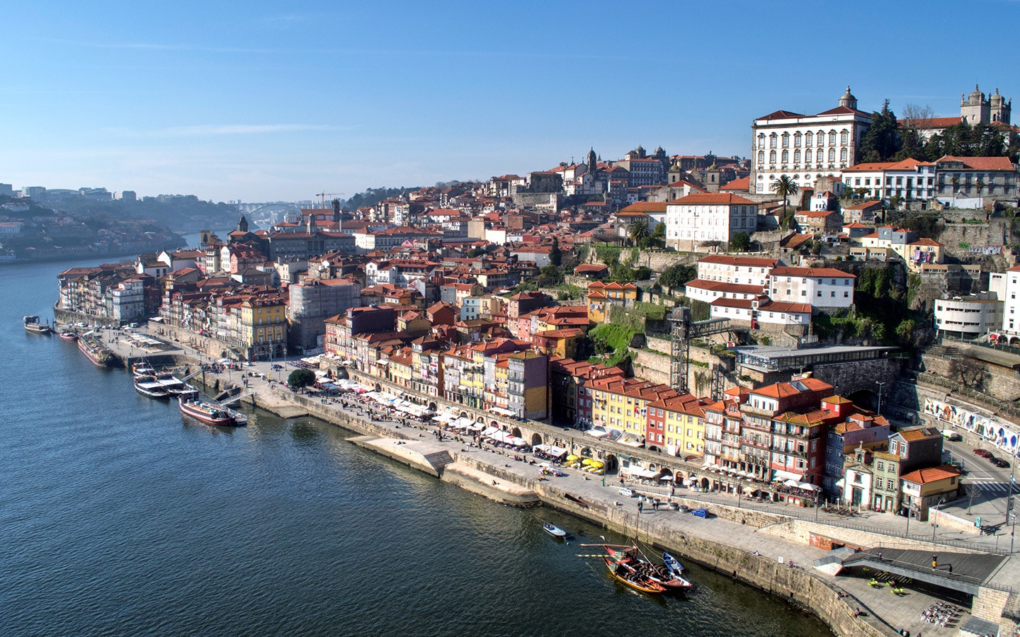 Getting lost in Porto's old town