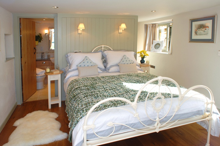 Old Pear Tree Barn holiday rental Cornwall