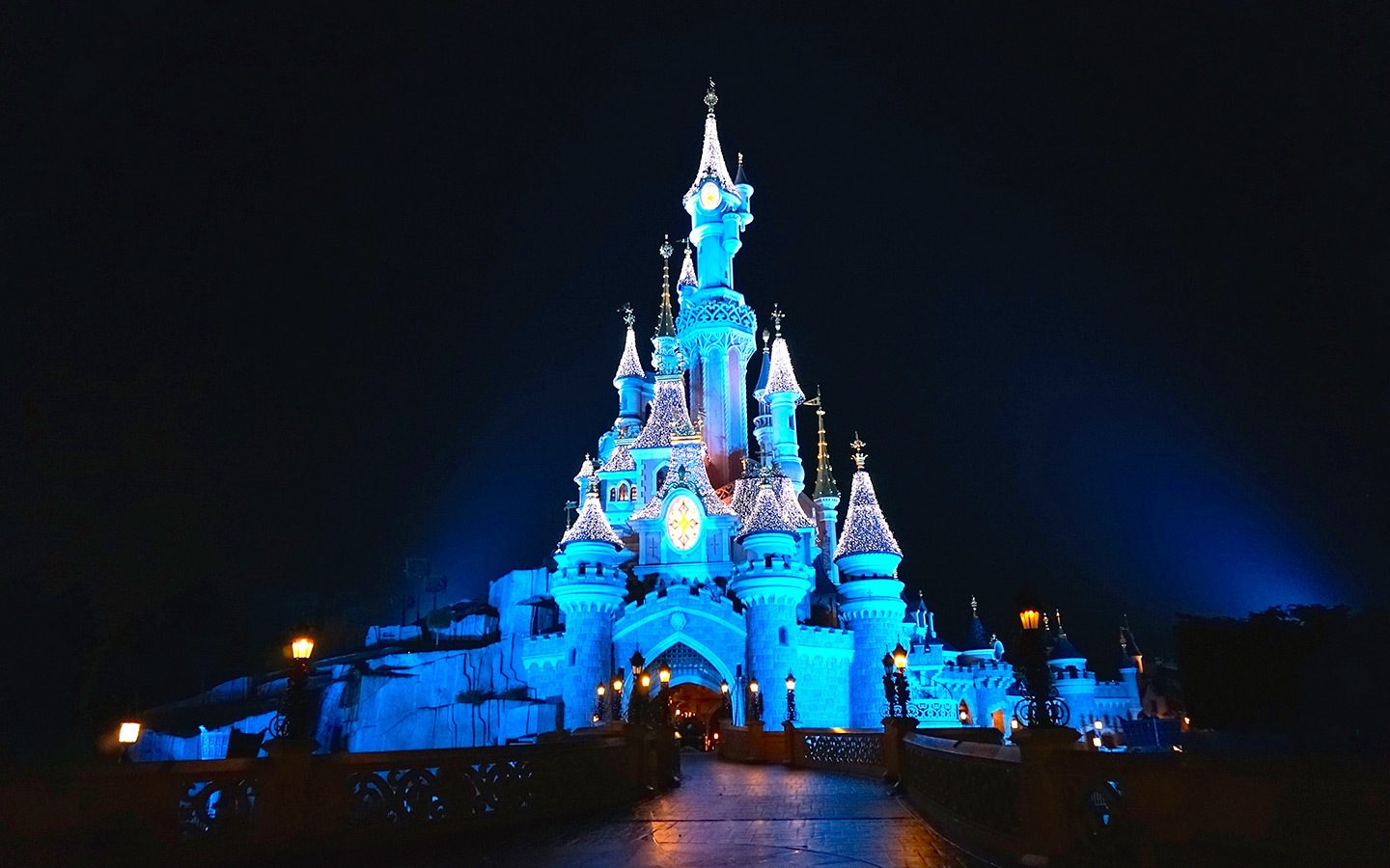 Enchanted Christmas at Disneyland Paris