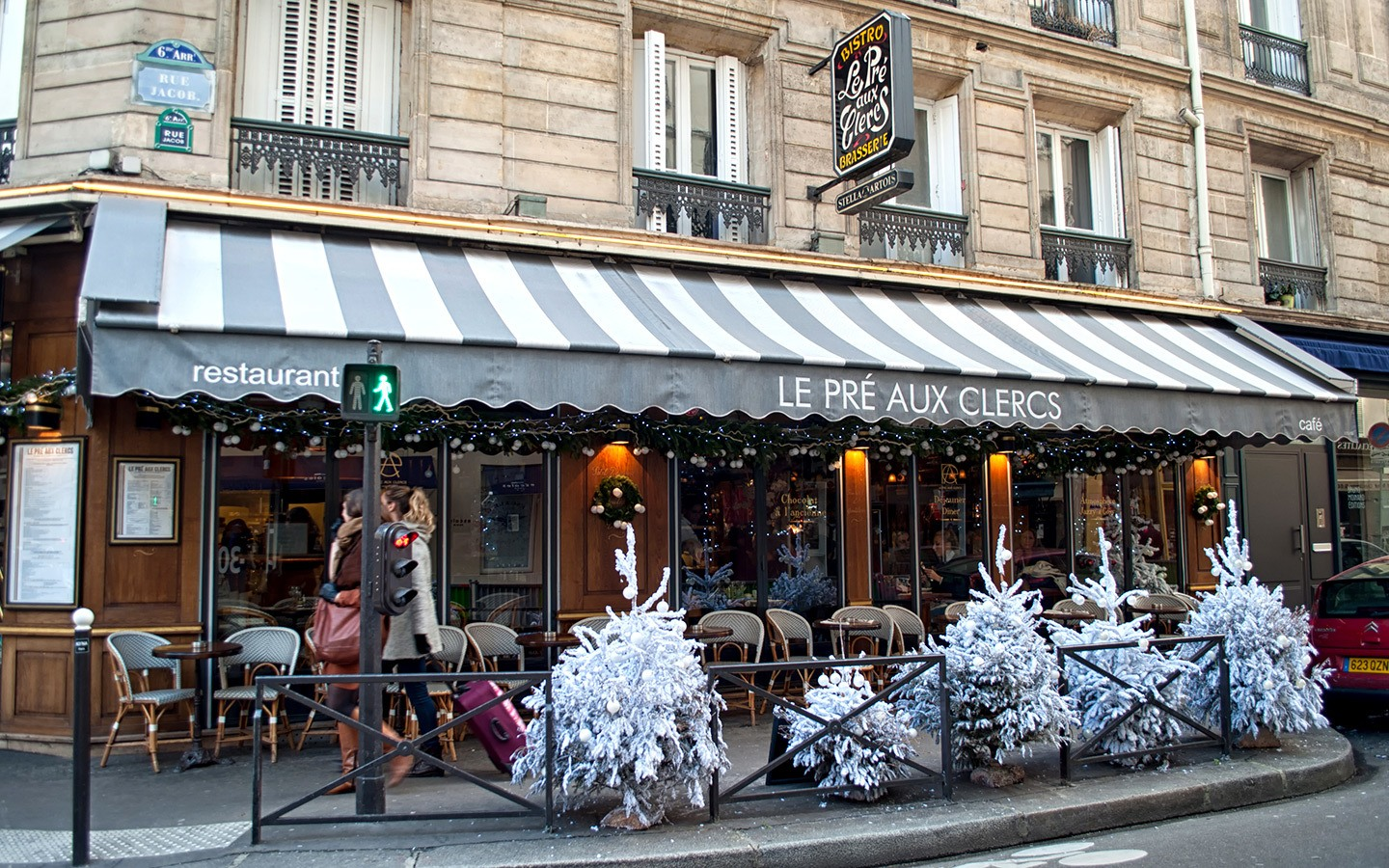 Paris cafe at Christmas