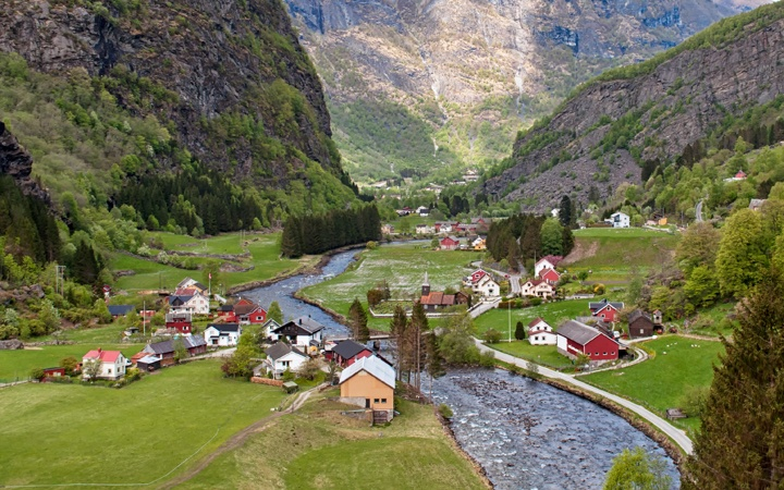 Myrdal to Flam railway, Norwegian fjords