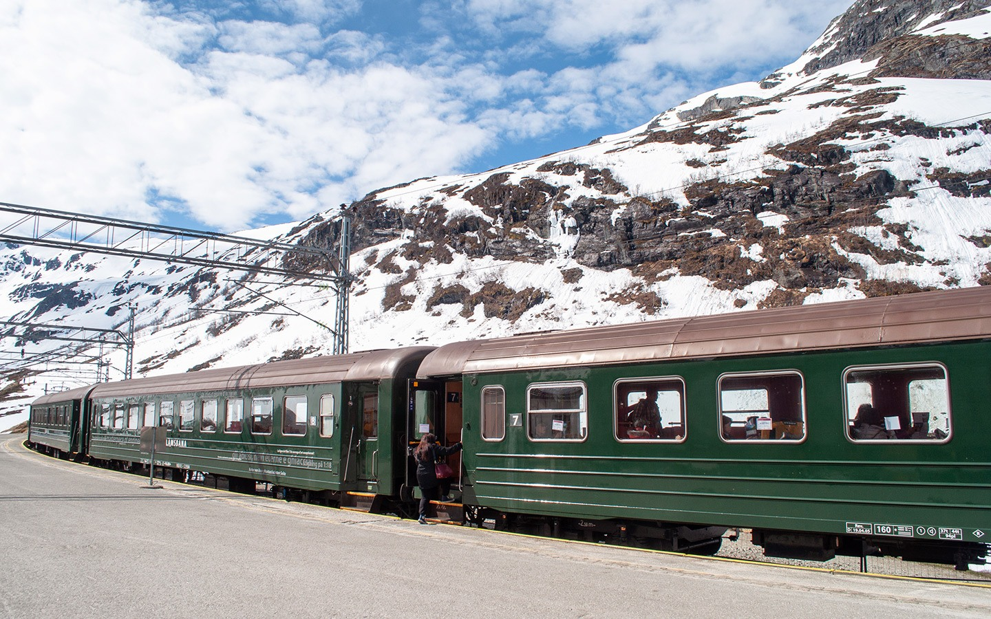 The Flåmsbana scenic train at Myrdal station