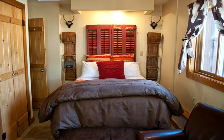 Bedroom at O Bar O Cabins near Durango, Colorado