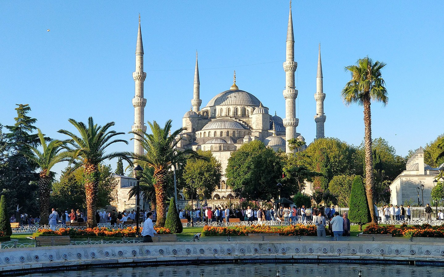 The Sultan Ahmed Mosque – or Blue Mosque – in Sultanahmet