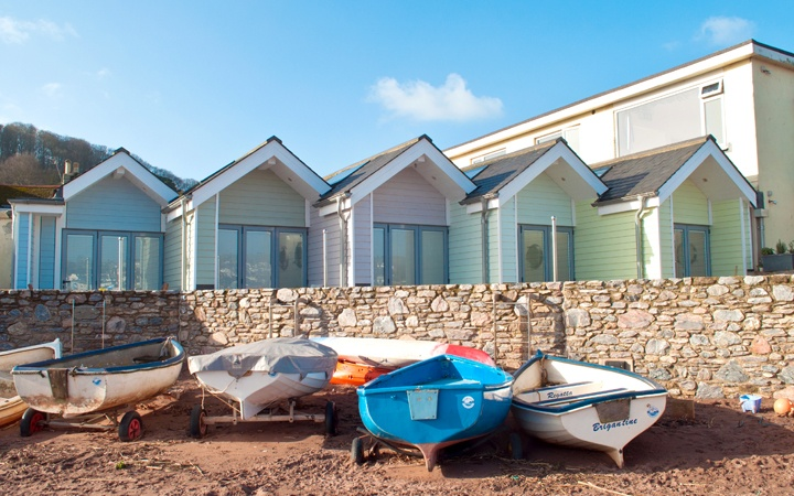 A seaside stay in Devon at Shaldon Beach Huts, a romantic luxury beach hut with proper beds, a bathroom and kitchen right on the edge of the beach.