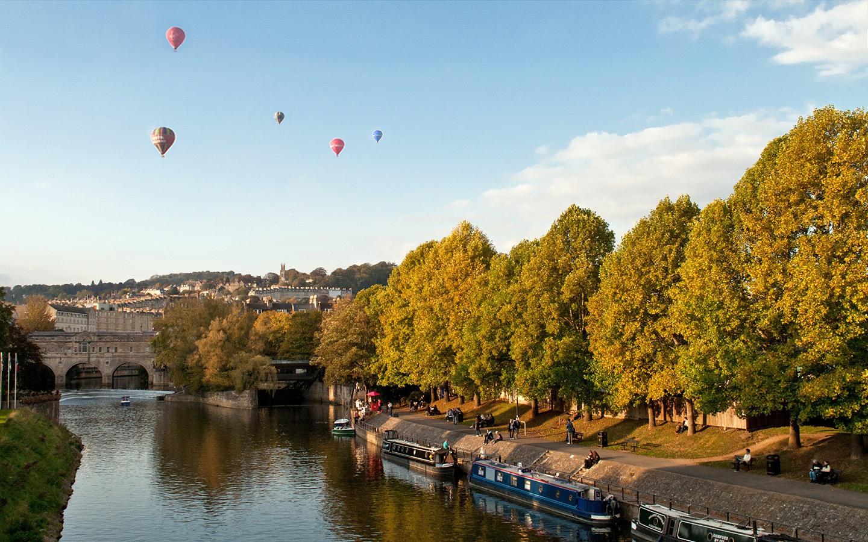 Balloon ride over Bath, England