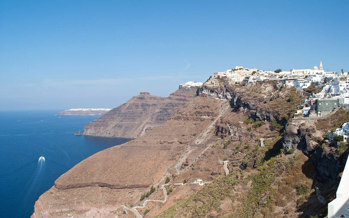 Caldera views in Fira Santorini