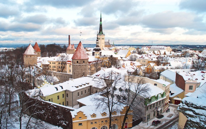 The magic of Tallinn in the snow