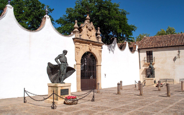 Statue of bullfighter Antonio Ordoñez at the Plaza del Toros