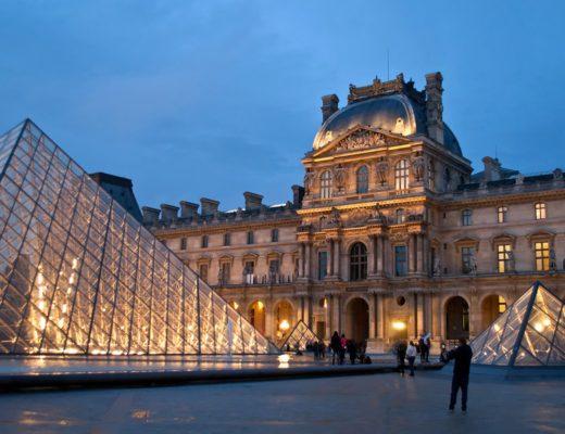 Dusk at the Louvre museum in Paris