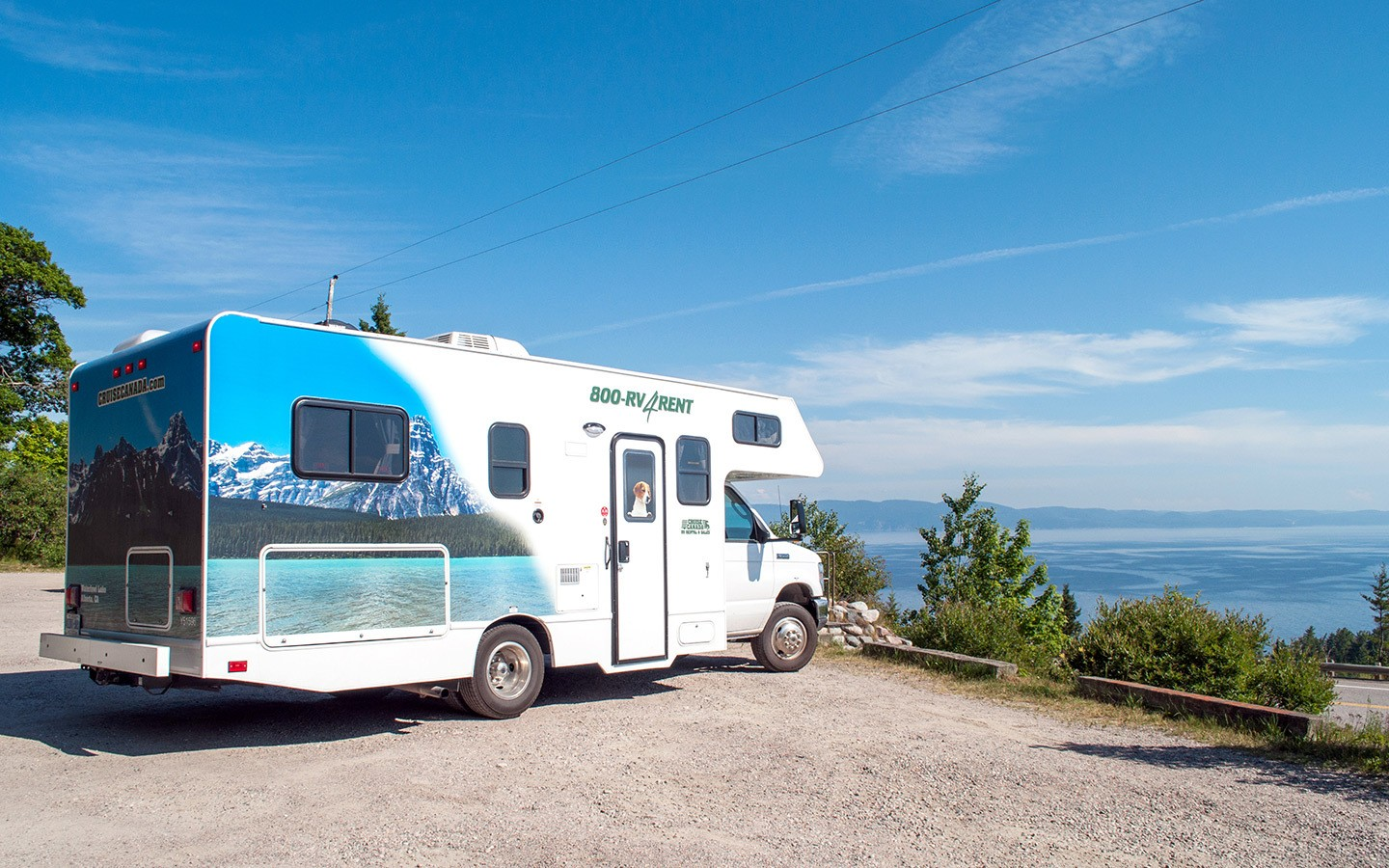 Cruise Canada RV overlooking Lake Superior