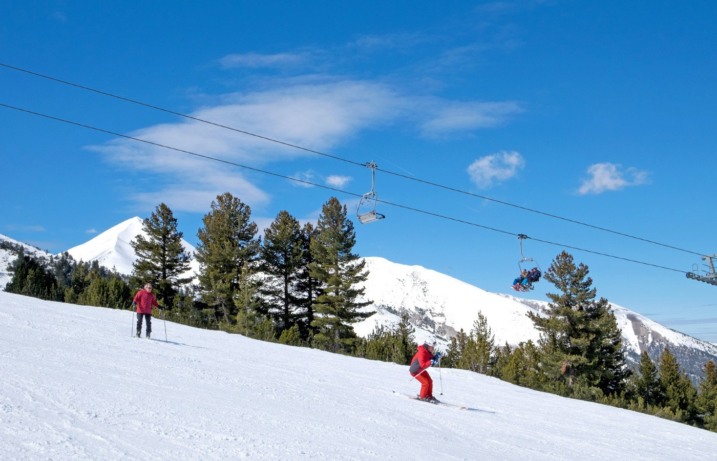 Beginners on the slopes on a Bulgaria ski holiday