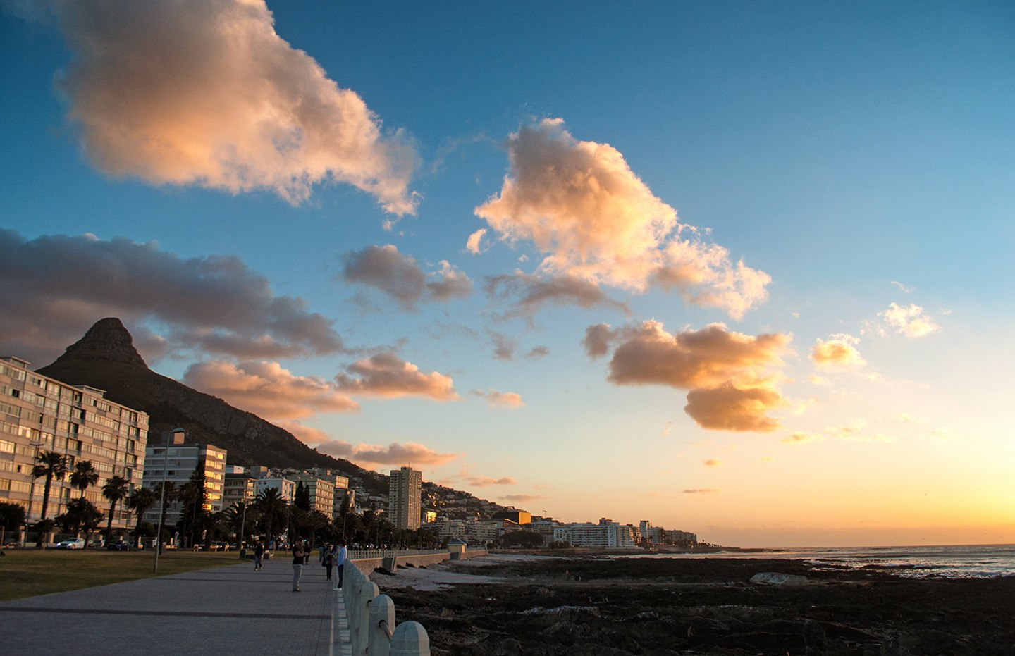 Sunset at Sea Point in Cape Town