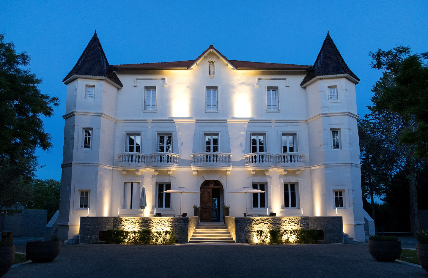 Château Autignac by night