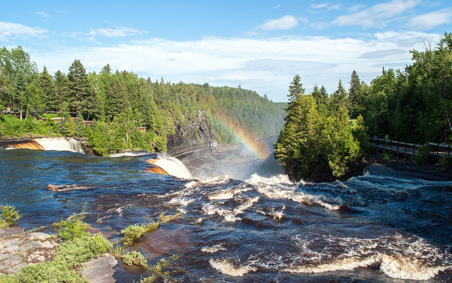 Rainbow in the Kakabeka Falls waterfall in Ontario