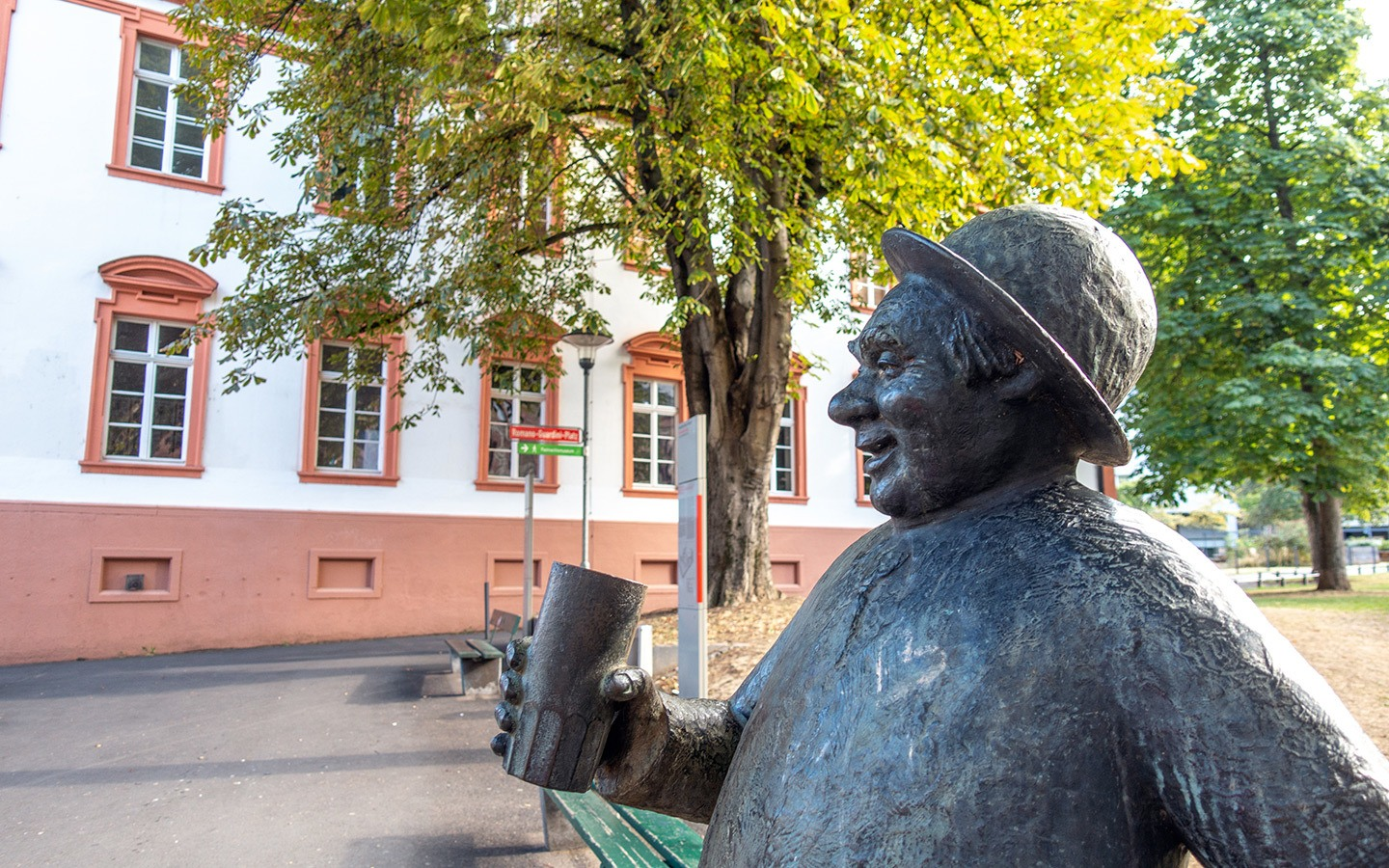Schoppenstecher statue, Mainz
