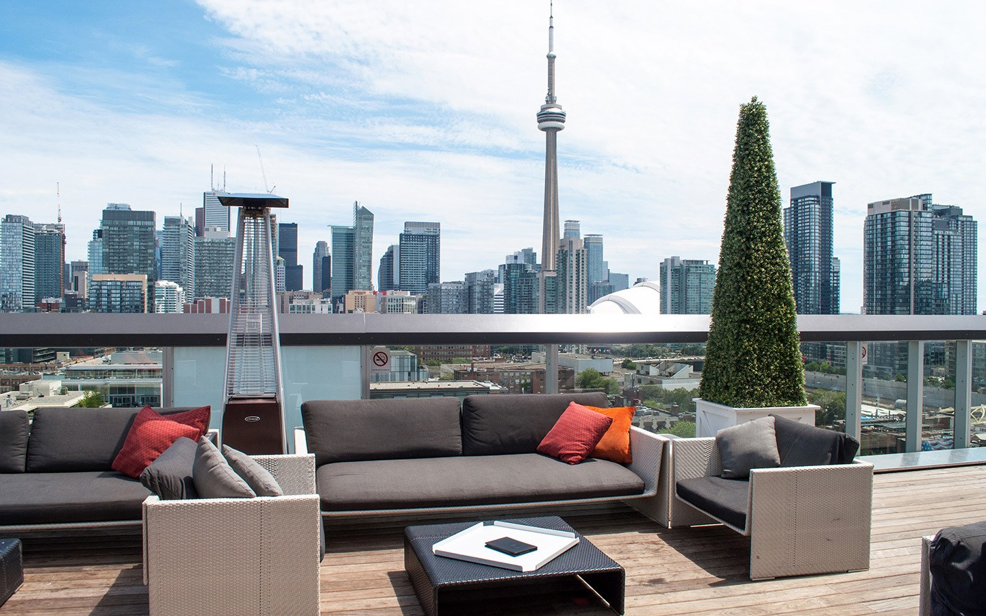 The rooftop patio at the Thompson hotel Toronto