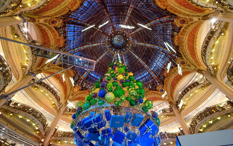 Christmas decorations at Galeries Lafayette, Paris