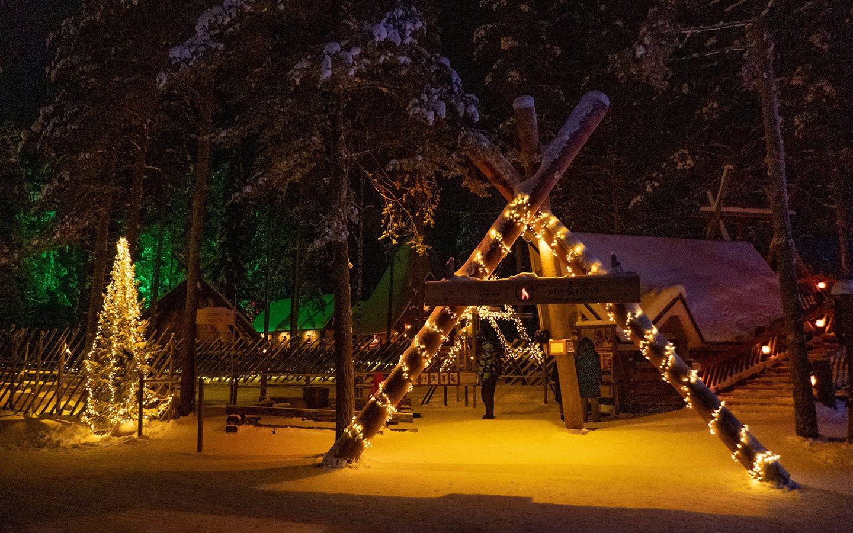 Rovaniemi's Santa Claus Village at night