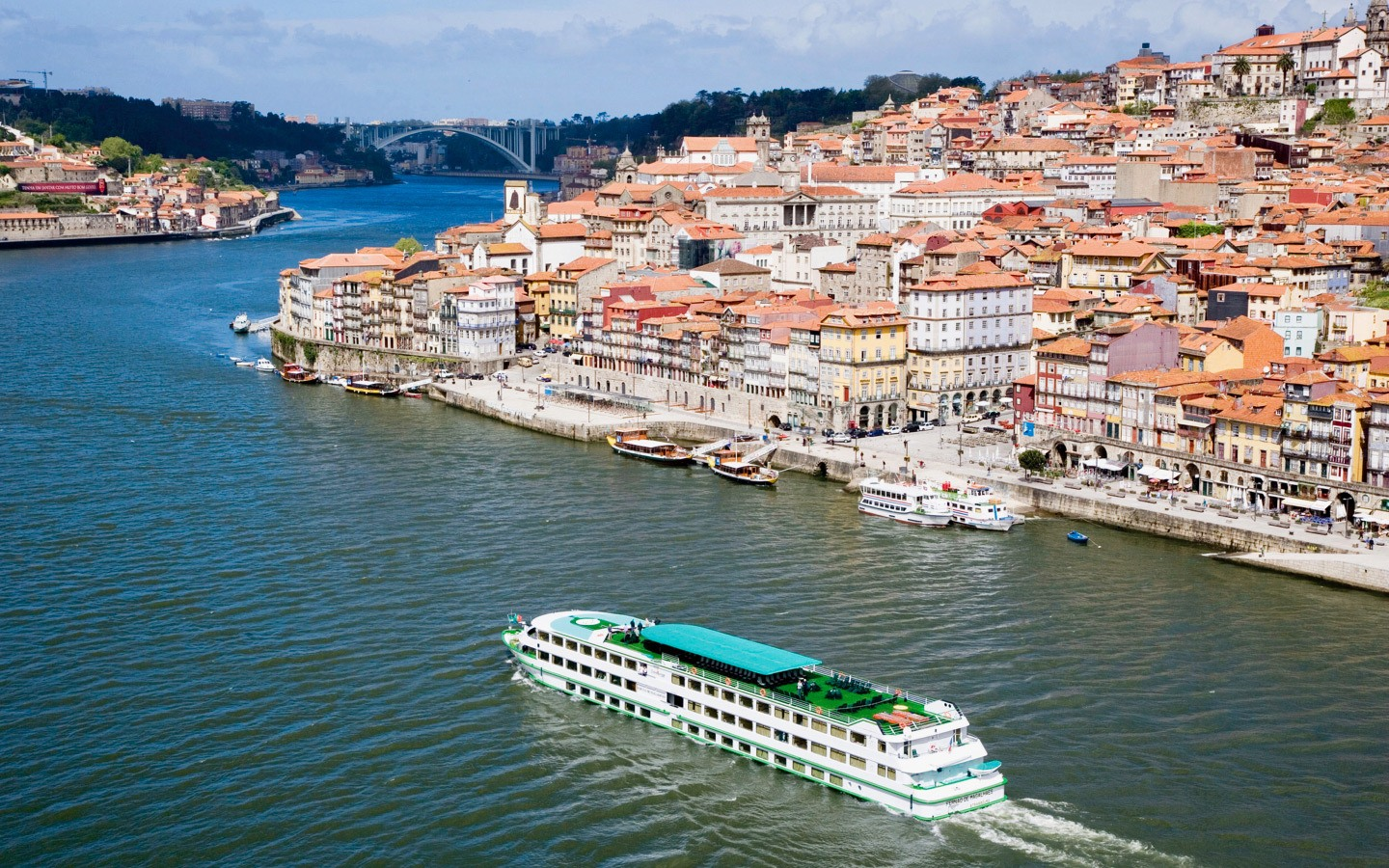 A river cruise on the Duoro, Porto