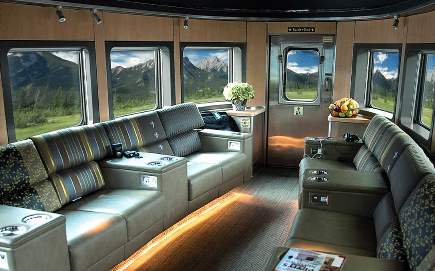The bullet lounge in thr VIA Rail Park car