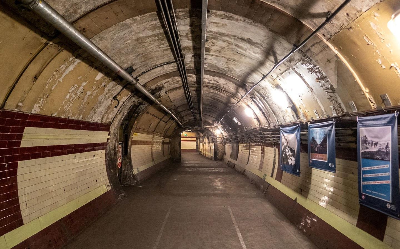 Down Street Hidden London underground tour