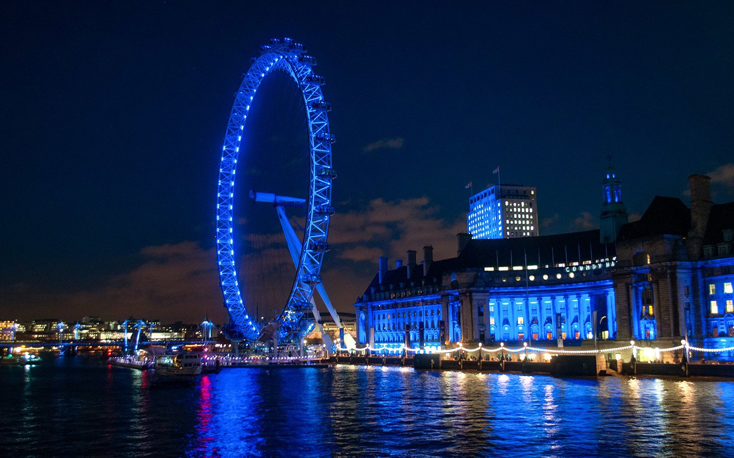 London film locations: A self-guided walking tour – On the Luce travel blog