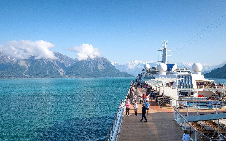 Sunny summer days on an Alaska cruise