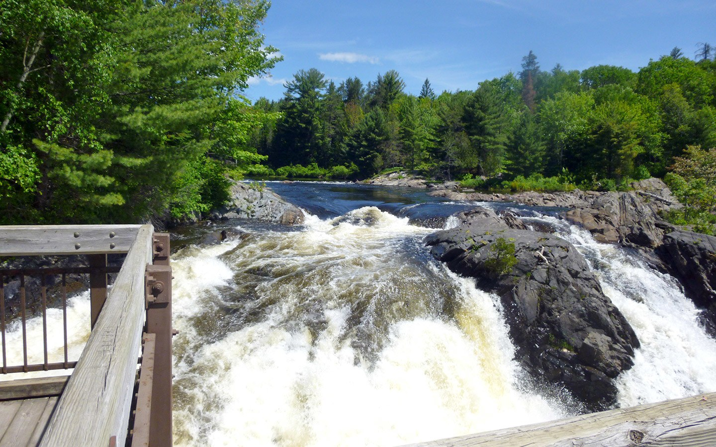 Waterfall at Chutes Provincial Park, Ontario