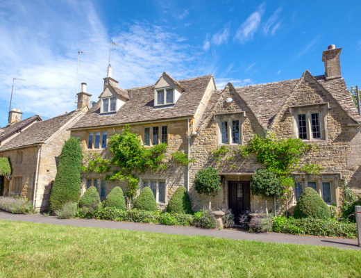 Cotswold stone cottages in Lower Slaughter